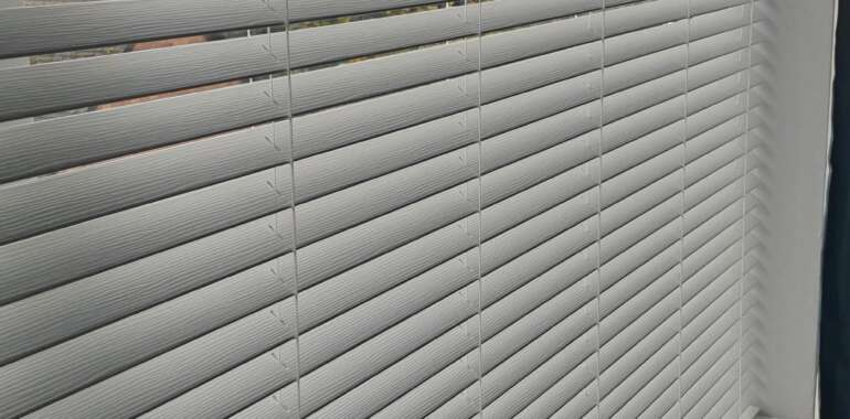 5 Town Blinds